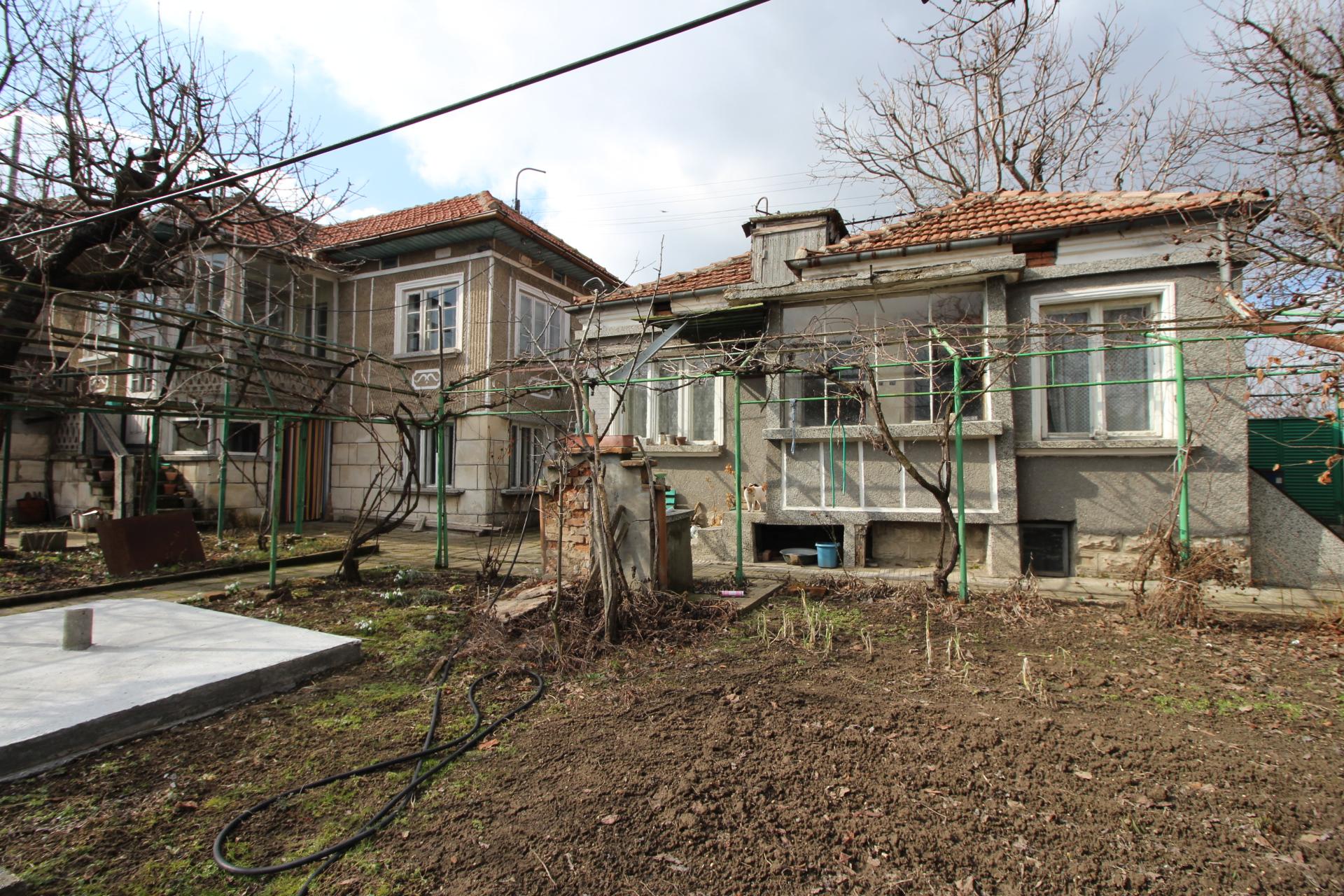 Къща в кв. Долапите, 29,900€